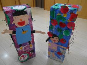 来月のうんどう会に向けて、入場門を作りました。 3歳・4歳・5歳の異年齢児クラスで、力を合わせた力作です。 「いよいようんどうかい!」という気分を盛り上げてくれました。